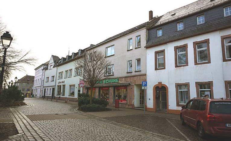 Wohn- und  Geschäftshaus , Immodrom, Immobilienmakler in Magdeburg