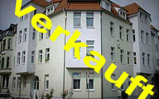 Immodrom, Immobilienmakler Magdeburg -  Eigennutzer oder Anleger:  2 Zimmer Wohnung mit Einbauküche und Abstellraum, nahe dem  Salbker See  WtA732