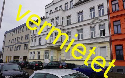 Immodrom, Immobilienmakler Magdeburg -  vermietet: 3 Raum Wohnung mit kleiner Dachterrasse wtA741