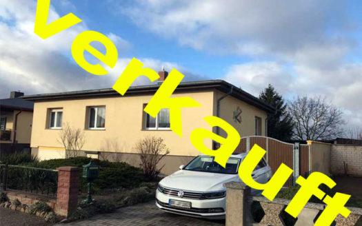Immodrom, Immobilienmakler Magdeburg -  VERKAUFT:  Einfamilienhaus in Erxleben,Tiefgarage, großes Grundstück wtA773