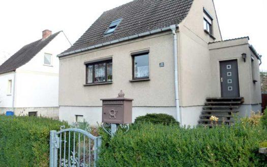 Immodrom, Immobilienmakler Magdeburg -  keine Käuferprovision: preiswertes Einfamilienhaus in Möser bnA57
