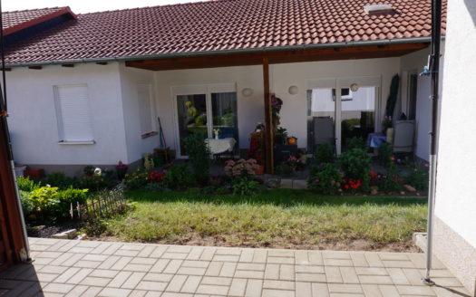 Immodrom, Immobilienmakler Magdeburg -  barrierefrei 2 Raum Wohnung für jung oder alt, auf Wunsch Betreuung wtA808